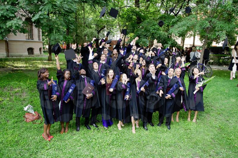 Graduación de los alumnos de la Facultad de Medicina y Farmacia de la Universidad de Szeged