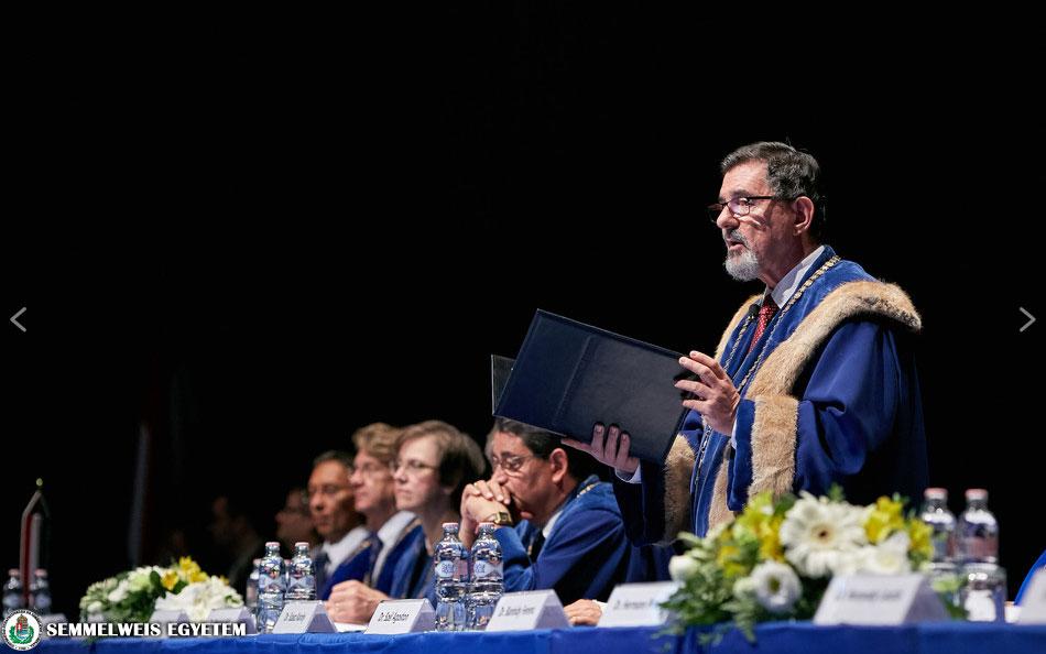 2500-Students-Start-Their-Medical-Career-at-the-Semmelweis-University-3 32dd835e06