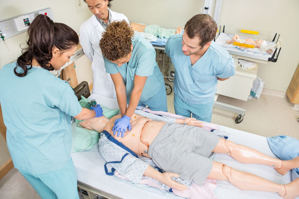 estudiar-grado-de-enfermeria-semmelweis